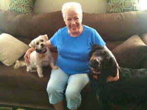 Lucky, Linda and Lexie